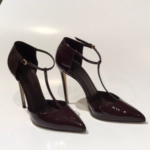 Gucci maroon patent leather t-strap heels
